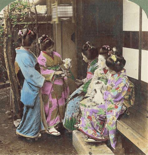 animated stereo  geisha  meiji era japan