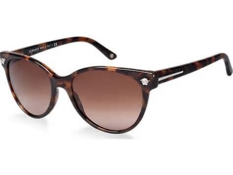 Sunglass Hut Summer Handbag Essentials 171 Wcco Cbs Minnesota