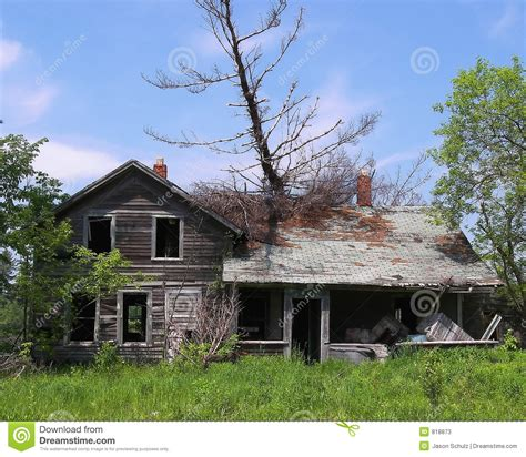 tree fell on house tree fell on abandoned house stock photos image 818873