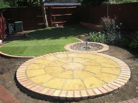 Circular Patio Designs 25 Best Circular Patio Ideas On Pit Pits Backyard Ideas And