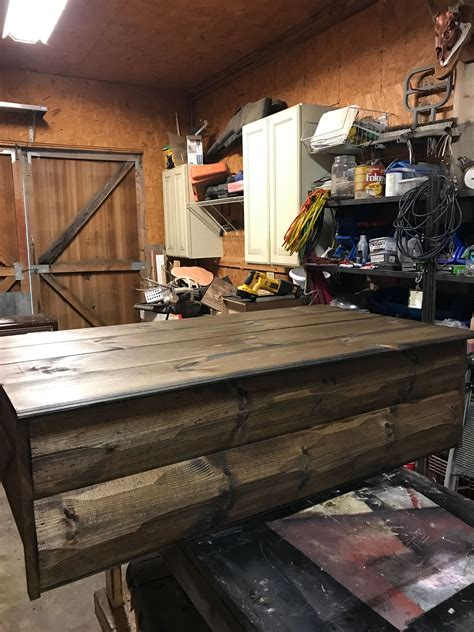 pin  wentz akard     pallet coffee table