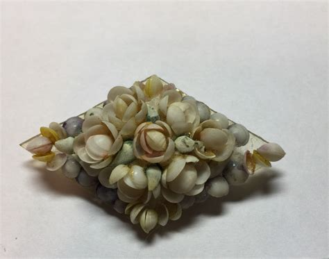 Handmade Shell Jewelry - vintage handmade sea shell brooch pin jewelry maritime