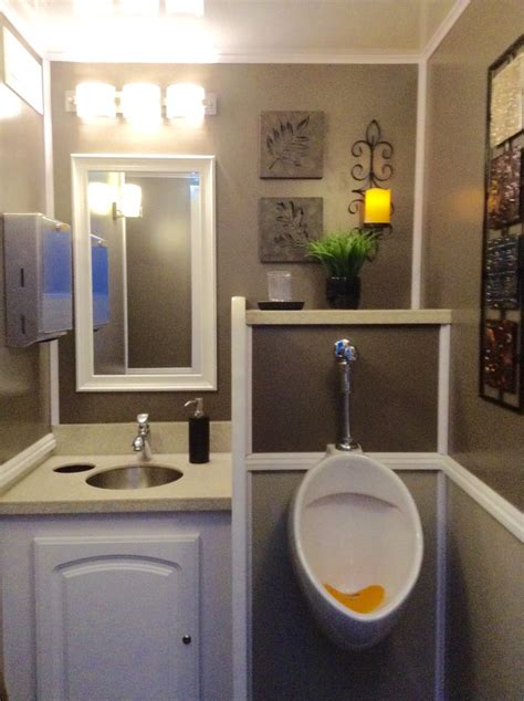 bathrooms for outdoor weddings 72 best images about portable bathroom on pinterest
