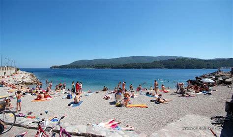 porto azzurro spiagge porto azzurro isola d elba vicino a tutte le spiagge