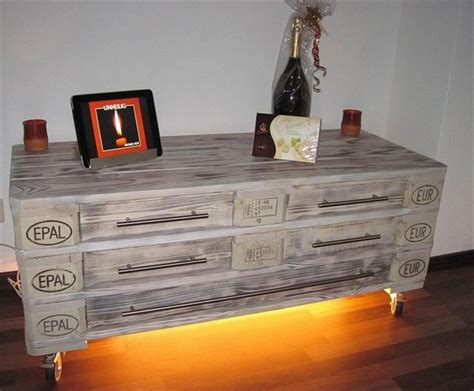 Dresser Projects by Wooden Pallet Dressers With Drawers Pallet Wood Projects