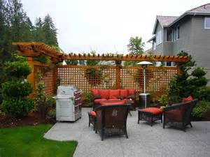Small Backyard Privacy Ideas Mr Adam Pictures Of Landscaping Between Houses