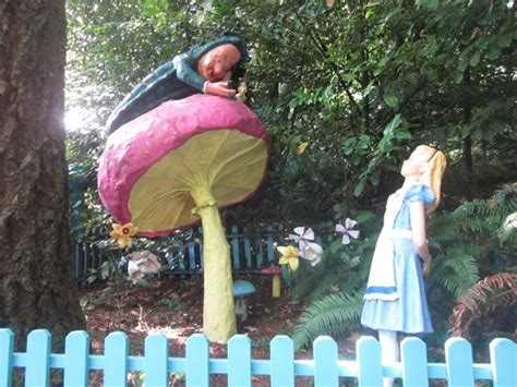 theme park oregon humpty dumpty picture of enchanted forest theme park