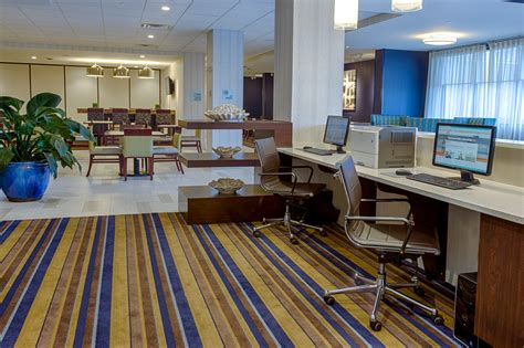 inn express and suites catonsville maryland
