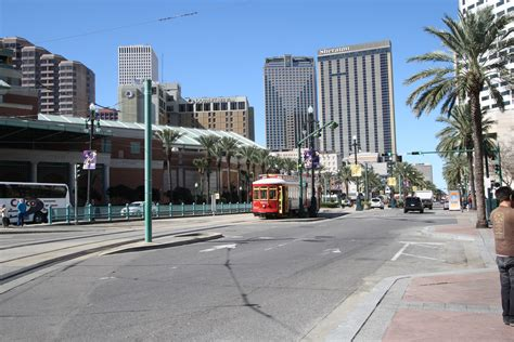 central business district warehouse district crescent new orleans cbd is booming crescent city living