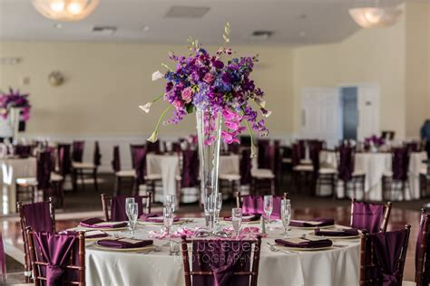 Royal Crest Room by Orlando Wedding Photography And Jonathan S