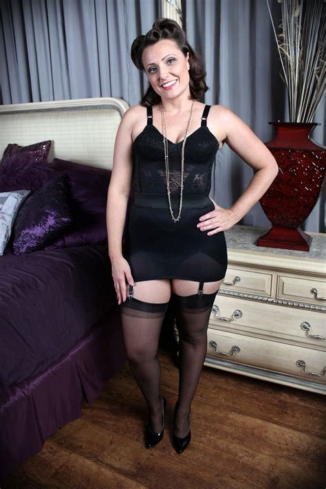 9 best images about open bottom girdles on pinterest 374 best images about open bottom girdles on pinterest
