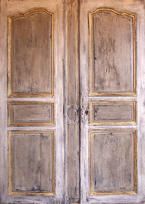 porte d armoire ancienne portes d armoire polychrome portes de rangement