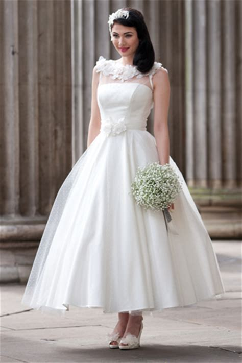 jobs in wedding dress shops glasgow amore wedding dresses