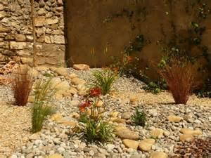 d 233 co jardin piscine zen tours 32 jardin des tuileries
