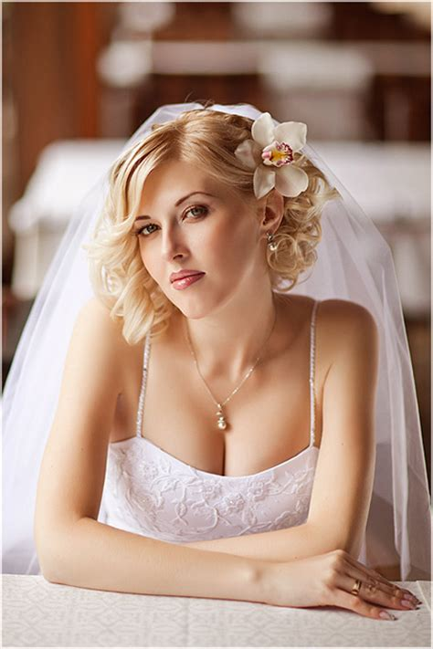 Wedding Hairstyles For Hair 2013 by 25 Best Wedding Hairstyles For Hair 2012 2013