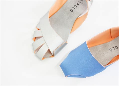 Origami Shoe - an origami shoe that might change manufacturing for the