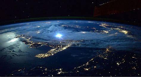 un selfie de la tierra desde el espacio completa de d 237 a el astronauta scott kelly ha vuelto a la tierra tras casi