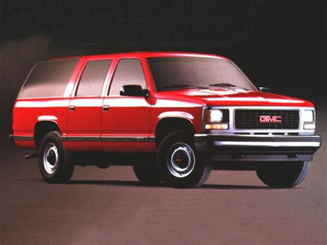 how can i learn about cars 1997 gmc suburban 1500 interior lighting 1997 gmc suburban specs pictures trims colors cars com