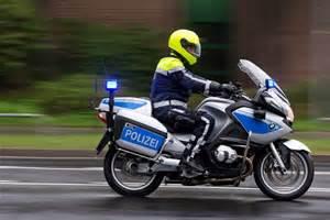 Motorrad Police Helm by Dickie Toys 203712004 Police Bike Polizeimotorrad 15