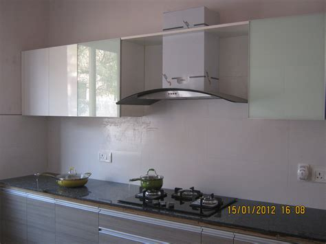 Modular Kitchen with Hub, Chimney & Sink   Show Flat of Pi