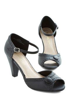 8 Marvelous Lbhs Black Heels by 1000 Images About Shannon S Style Board On