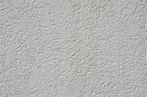 Preparer Du Platre by Comment Pr 233 Parer La Peinture D Un Mur En Pl 226 Tre