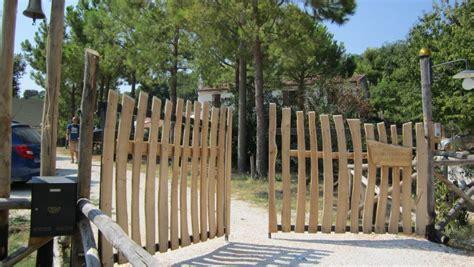 cancelli giardino cancelli di legno per giardino design casa creativa e