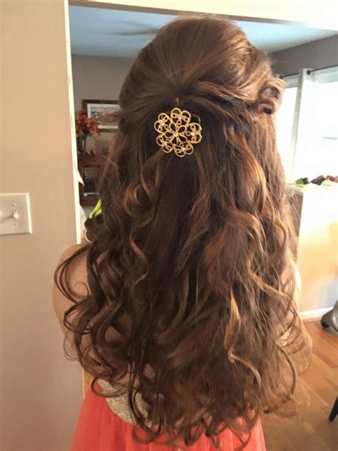 Rounded Graduation Hairstyle by Hairstyle For 8th Grade Formal By The One And Only