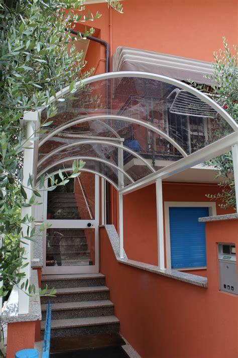 tettoia in ferro zincato tettoia in ferro zincato e verniciato con copertura in