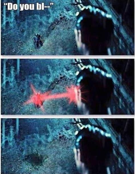 Batman Superman Meme - batman v superman versus funny reaction memes barnorama