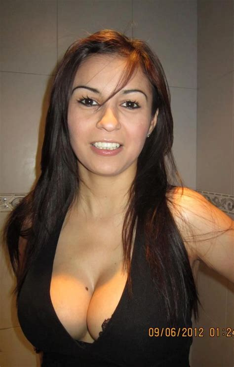 ebaums big cleavage round boobs and perky cleavage picture ebaum s world