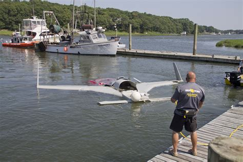 tow boat us long island ntsb pilot error caused 2014 crash into l i sound in