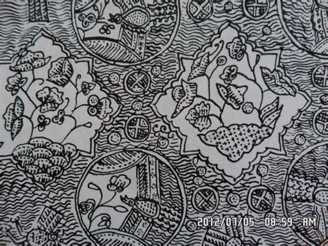 Cb0130 Slaber Type 2 Motif P 154 classical batik motif fauna in their environments ceplok kusnia kusnia a type of bird in