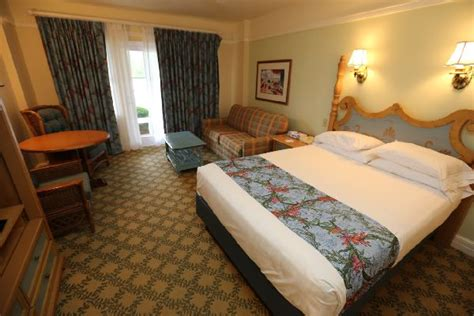 what kind of comforters do hotels use 5 things you should do when first walking into your disney