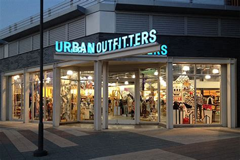 Christiana Mall Gift Card - urban outfitters