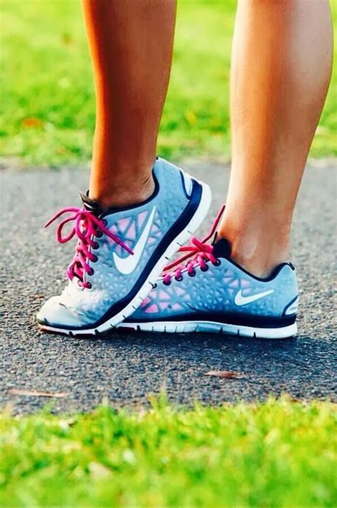 sick nike running shoes sick nikes wouldn t run in them but walking and yes