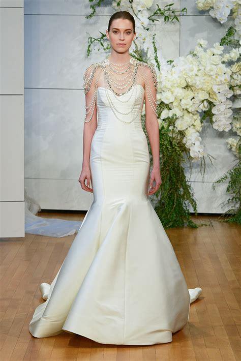 monique lhuillier wedding dresses  bridal show