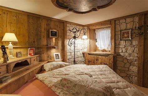 da letto in legno camere da letto in legno e mobili in legno per la zona notte