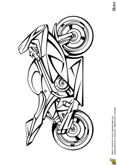 98 Dessins De Coloriage Moto Course 224 Imprimer