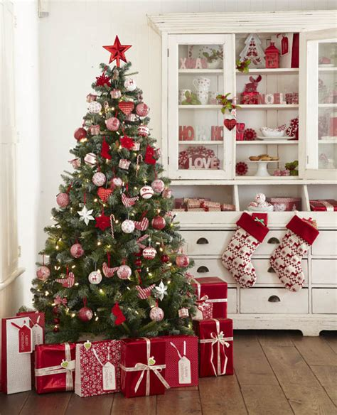christmas decorating themes red white christmas decorations 9 all about christmas