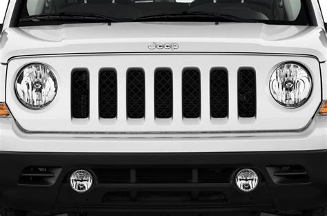 white jeep patriot back pics for gt white jeep patriot black grill