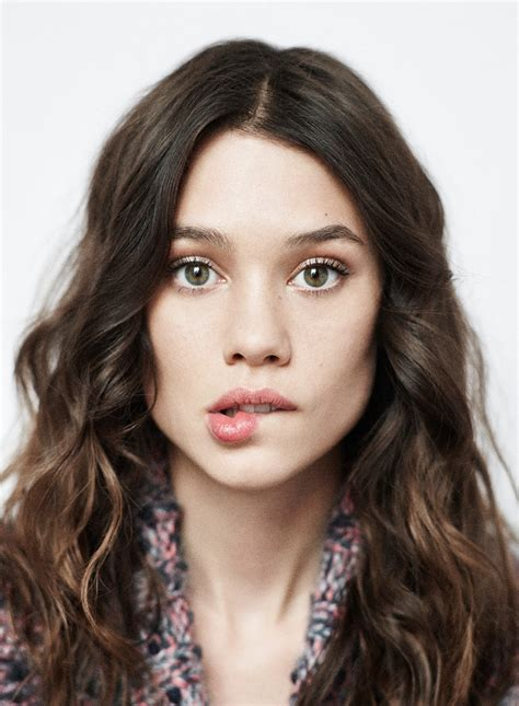 astrid berges frisbey siblings astrid berges frisbey people don t have to be anything