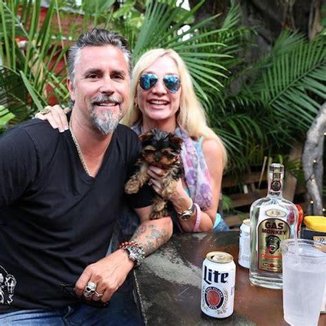 Christie Gas Monkey Garage Married by Richard Rawlings Www Imgkid The Image
