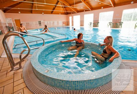 pool und spa coliseum spas commercial pool luxury spa pools