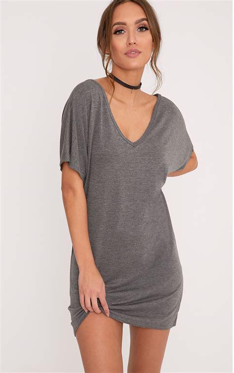 V Neck Shirt Dress t shirt dress oversized slogan dresses prettylittlething