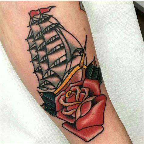 tattoo old school mani 1001 idee per tattoo old school tutte da personalizzare