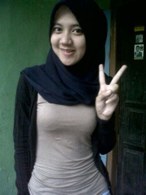hijab cantik manis jilbabjelita twitter hijab am