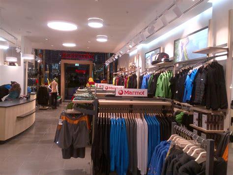 Plumb Centre Stratford by Hyden Uk Shopfitters Marmot Stratford City