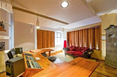 The Acoustic Treatment Guide For Panels Foam Ln Living Room Acoustic Treatment