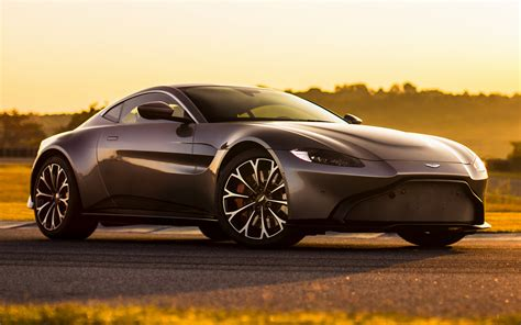 aston martin vantage wallpaper aston martin vantage 2018 wallpapers and hd images car